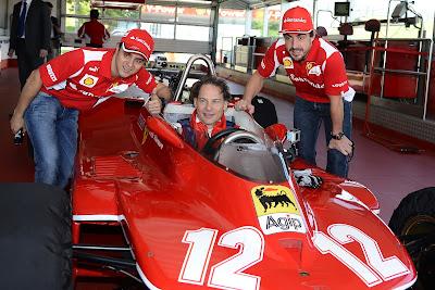 Жак Вильнев и пилоты Ferrari Фернандо Алонсо и Фелипе Масса во Фьорано 8 мая 2012