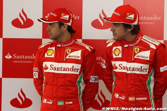 Фелипе Масса и Фернандо Алонсо смотрят вправо на Гран-при Китая 2012