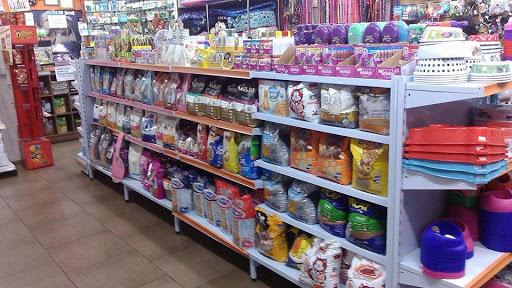 Fenix Pet Shop, Rua Vereador Basílio Sautchuk, 357 - Zona 1, Maringá - PR, 87013-190, Brasil, Loja_de_animais, estado Paraná