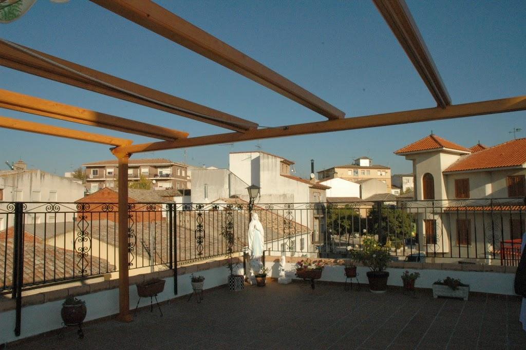 Modelos de toldos para jard n o patio en silla valencia - Toldos para patios exteriores ...