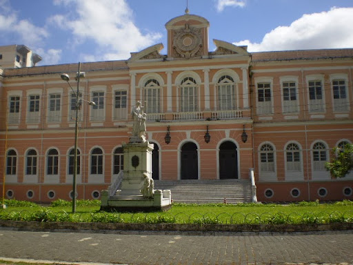 Colégio Gentil Bittencourt, Av. Gov Magalhães Barata, 137 - Nazaré, Belém - PA, 66035-170, Brasil, Colegio_Privado, estado Para