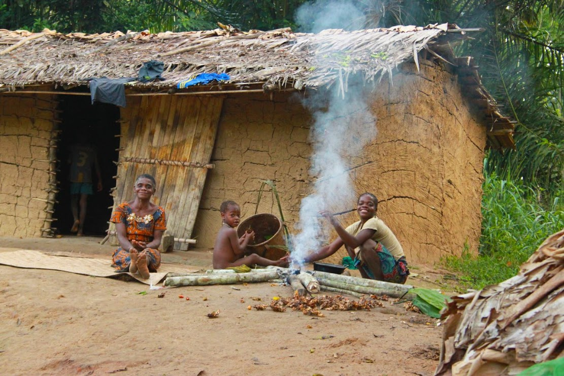What hunter-gatherers can tell us about fundamental human social networks