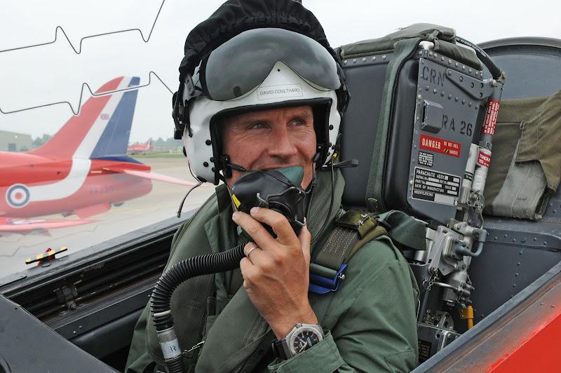 Дэвид Култхард в кокпите самолета Красных Стрелам Королевских ВВС Великобритании