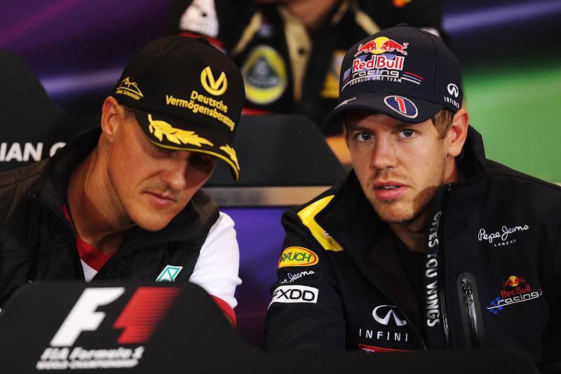 Михаэль Шумахер и Себастьян Феттель на пресс-конференция Гран-при Бельгии 2011 в четверг