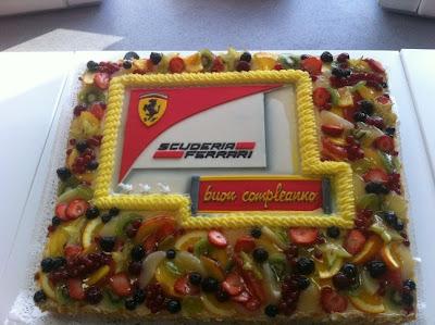 торт для Фернандо Алонсо на Гран-при Венгрии 2012