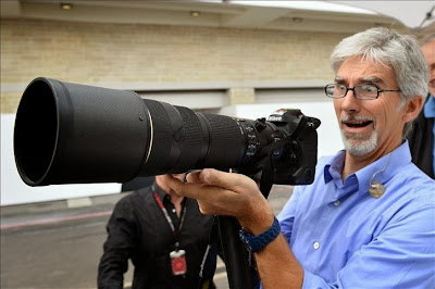 Деймон Хилл в роли фотографа на Гран-при США 2013