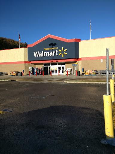 Walmart Ste-Agathe Supercentre, 400 Rue Laverdure, Sainte-Agathe-des-Monts, QC J8C 0A2, Canada, Department Store, state Quebec