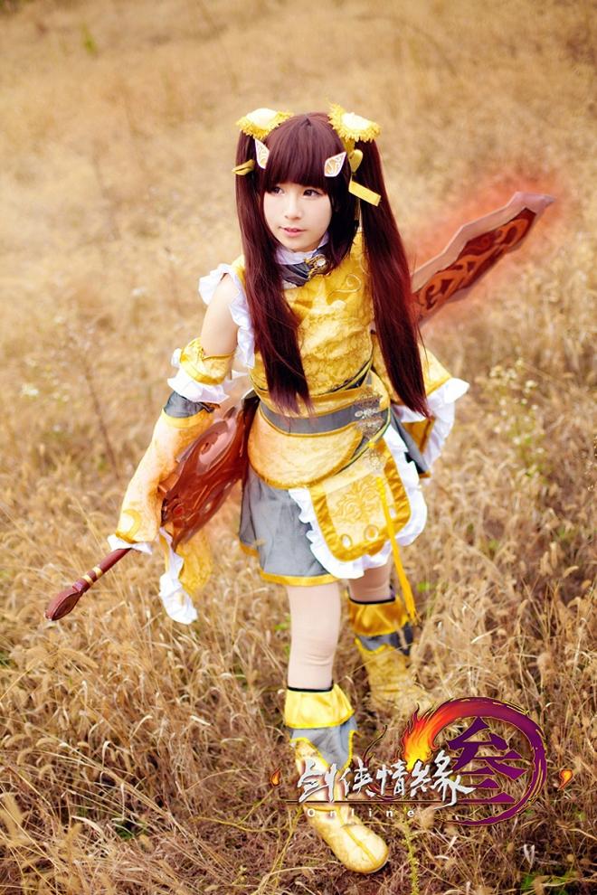 Thiên Thương dễ thương với cosplay Tàng Kiếm - Ảnh 3
