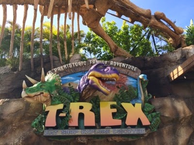 Alexis 39 s gluten free adventures t rex cafe downtown disney for Disney dining reservations t rex