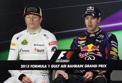 Кими Райкконен кладет свою руку на колено Себастьяну Феттелю на пресс-конференции Гран-при Бахрейна 2013 - фотошоп