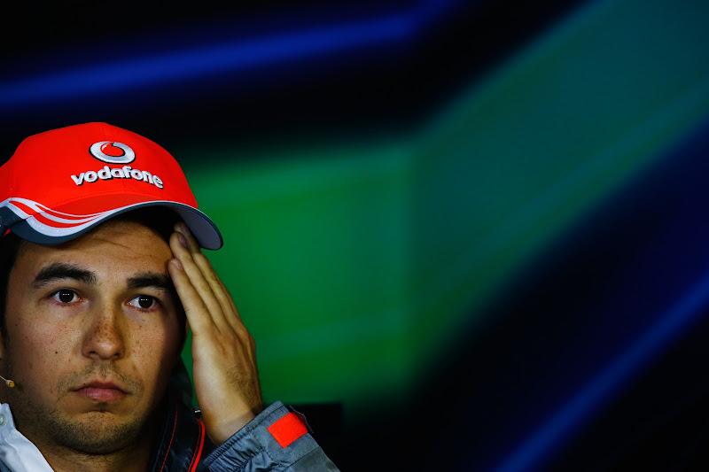 фэйспалм Серхио Переса на пресс-конференции в четверг на Гран-при Китая 2013