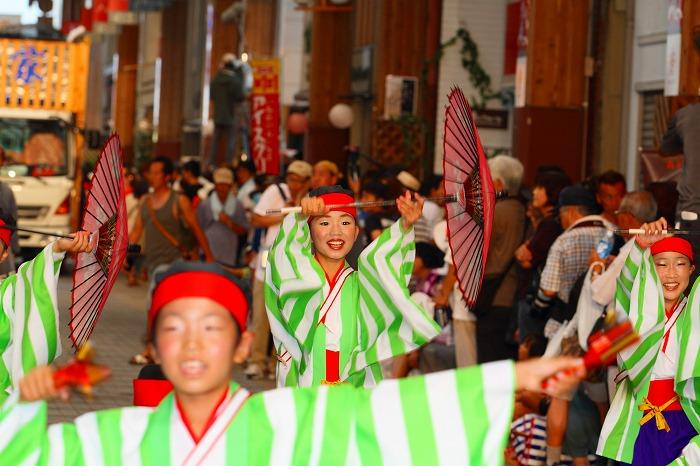 第59回よさこい祭り☆本祭2日目・はりまや橋競演場52☆上2目0411