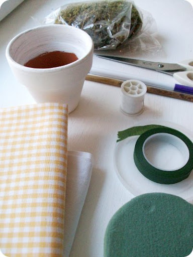 materiais para fazer flor de fuxico