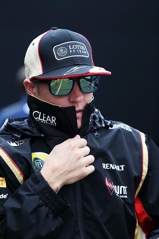 маскирующийся Кими Райкконен на Гран-при Бельгии 2013
