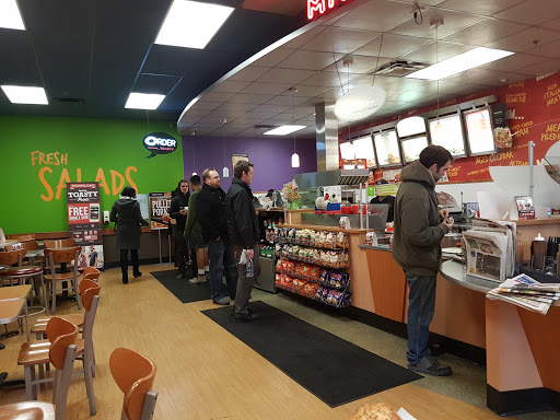 Quiznos, 15-7355 72 St, Delta, BC V4G 1L5, Canada, Fast Food Restaurant, state British Columbia