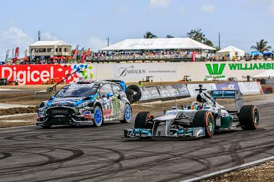 Льюис Хэмилтон в Mercedes и Кен Блок в Ford Fiesta на фестивале Top Gear в Барбадосе