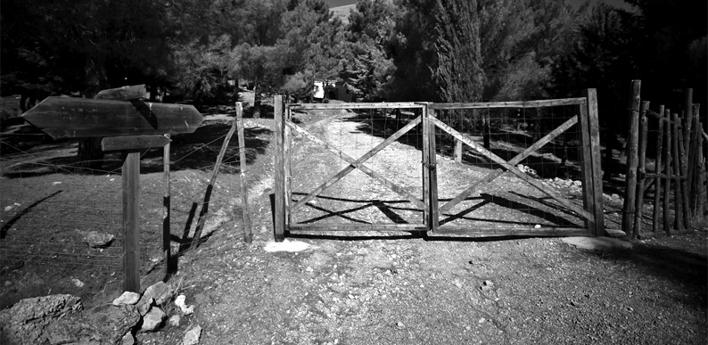 First obstacle on a trail in Parco Regionale delle Madonie