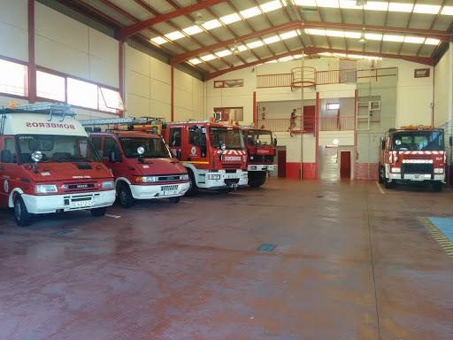 Parque de Bomberos de Arahal, Plaza Cante Jondo, 0 S/N, 41600 Arahal, Sevilla, España, Estación de bomberos   Andalucía