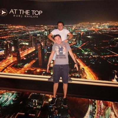 Фелипе Масса с братом на Бурдж-Халифе перед Гран-при Абу-Даби 2013