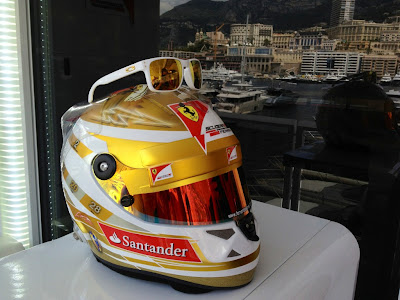 шлем Фернандо Алонсо и очки для Гран-при Монако 2012