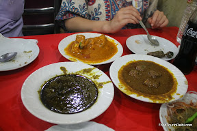 Indian meat curries http://indiafoodtour.com  http://foodtourindelhi.com