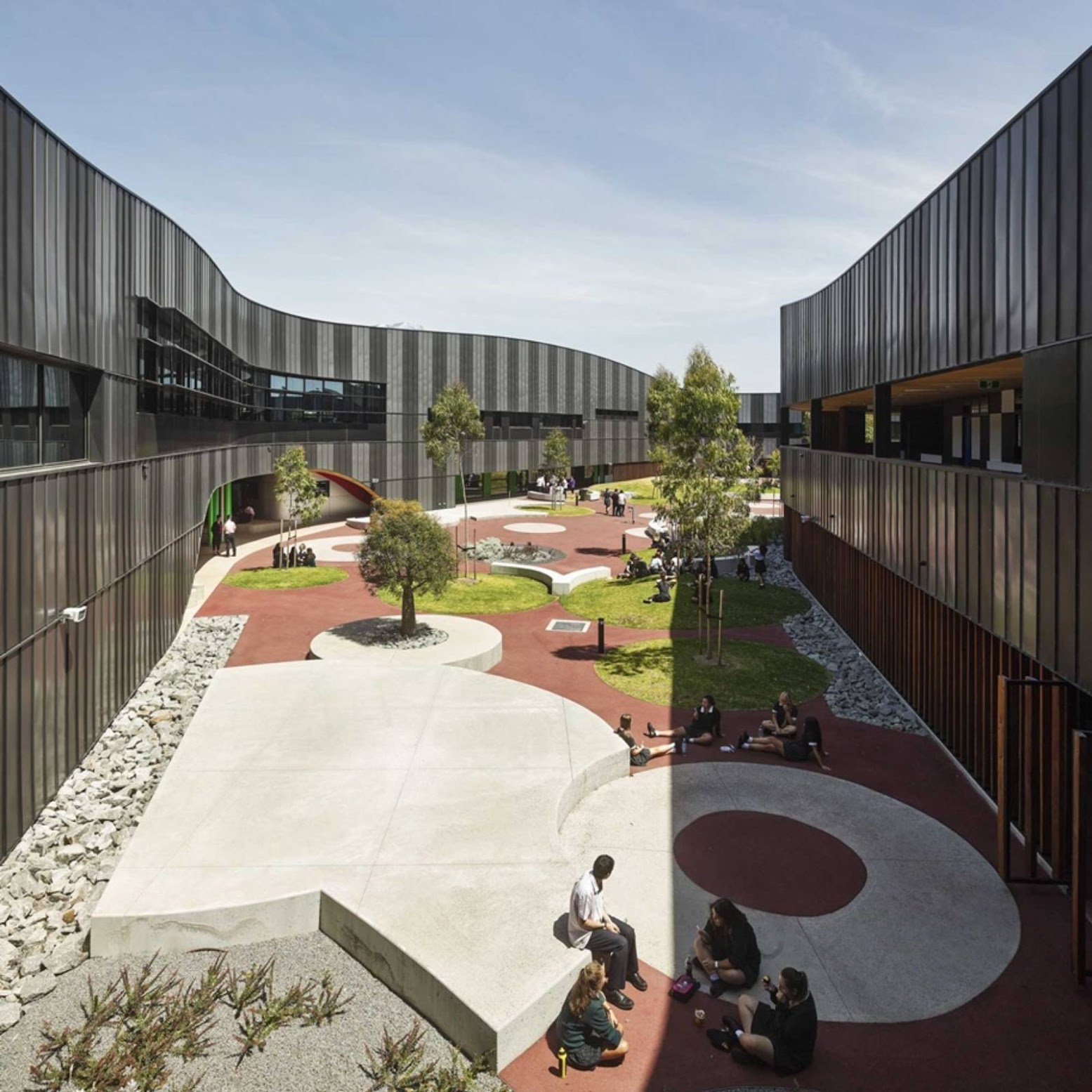 Los Angeles, California, Stati Uniti: [PEGS INFINITY CENTRE BY MCBRIDE CHARLES RYAN ARCHITECTS]