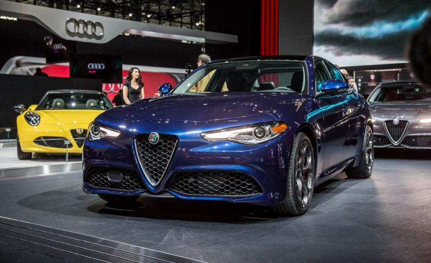 Đầu xe, lưới tản nhiệt đặc trưng của Alfa Romeo