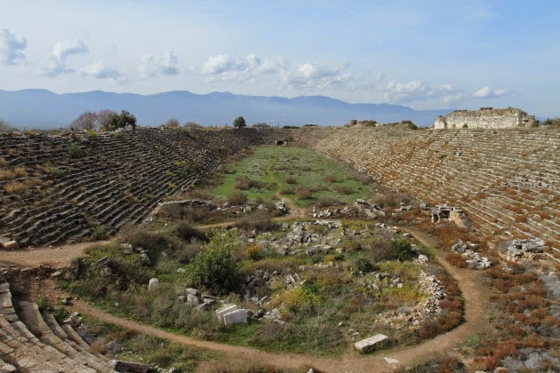 Aphrodisias stadium with capacity of 30,000 people