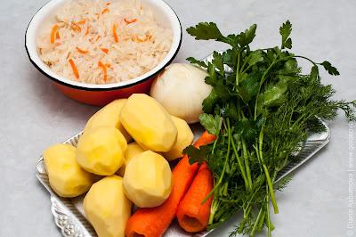 ингредиенты на щи с кислой капустой