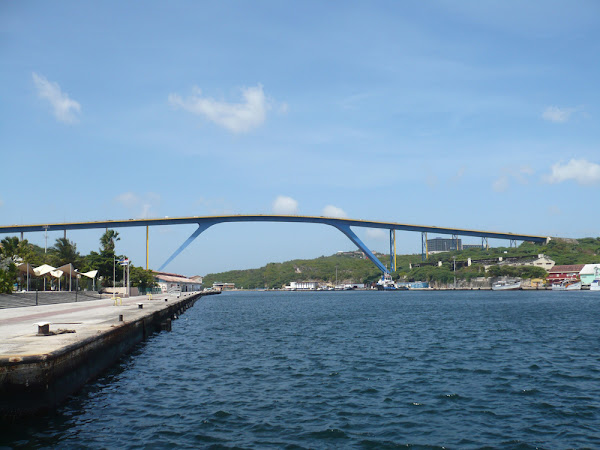 Puente Reina Juliana, Curacao