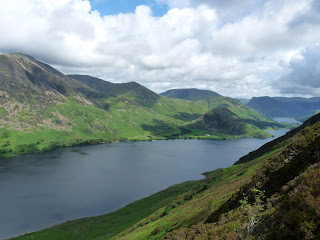 The Peep Around The Corner ... Crummock Water and Rannerdale Knotts come into view.