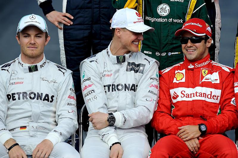 Нико Росберг Михаэль Шумахер Фелипе Масса на фотоссессии Гран-при Австралии 2012