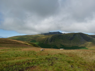Cloud starts to envelop Blencathra