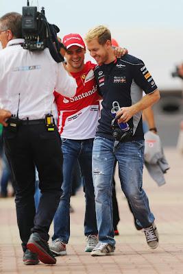 Фелипе Масса и Себастьян Феттель на параде пилотов Гран-при Кореи 2013