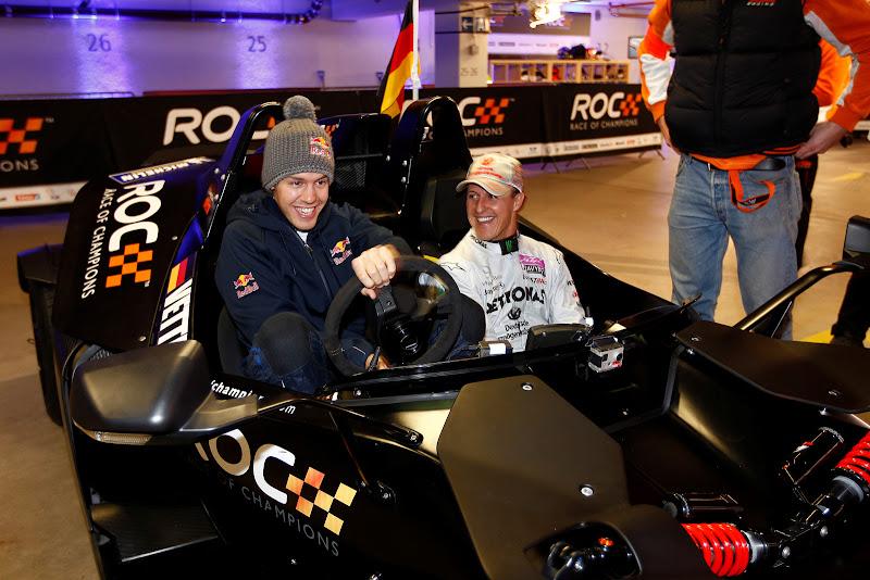 Себастьян Феттель и Михаэль Шумахер в болиде KTM на Гонке чемпионов 2011