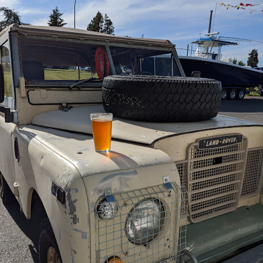 Seattle's Classics: 1962 Land Rover Series IIA 4WD Wagon