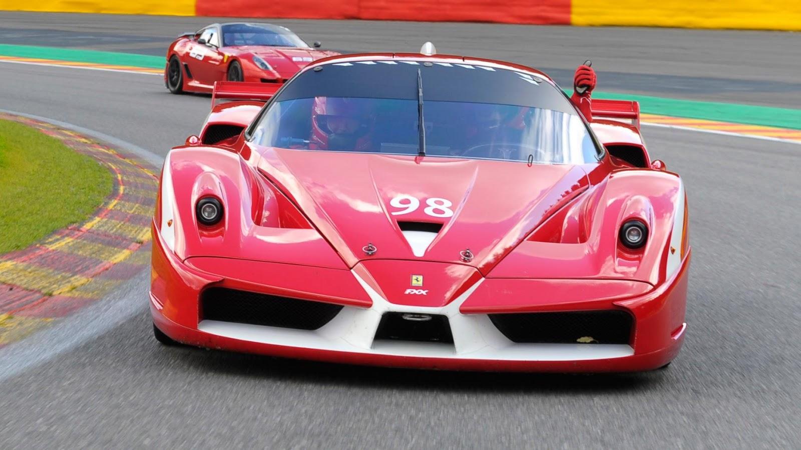 Ferrari FXX sức manh 808 mã lực