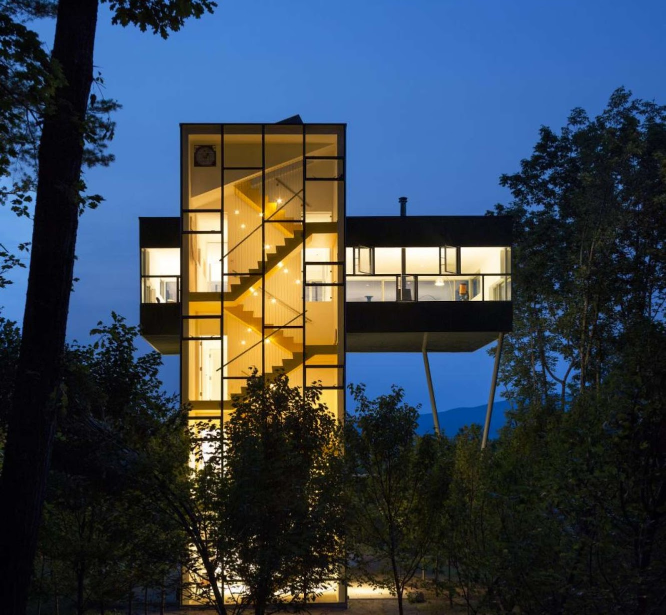 04-Tower-House-by-Gluck+
