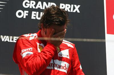 Фернандо Алонсо на подиуме Гран-при Европы 2012