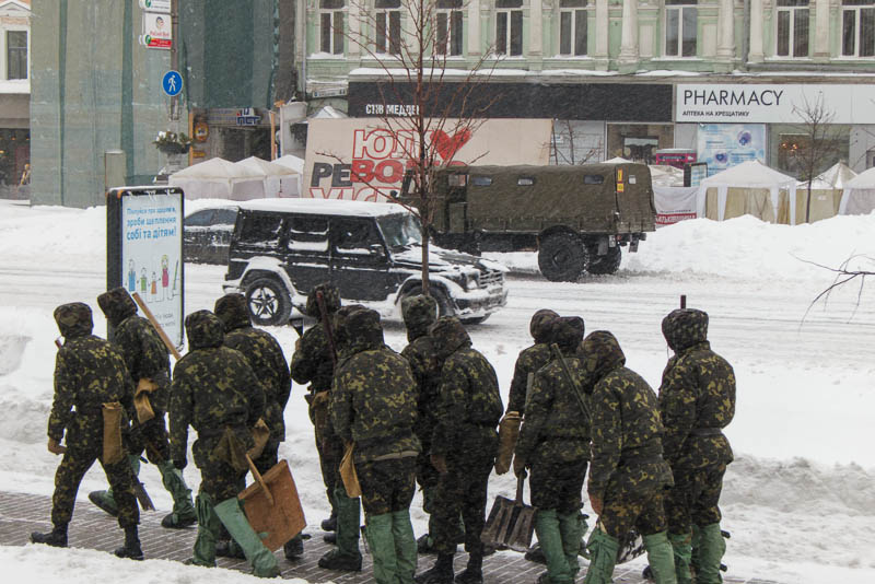 http://lh5.googleusercontent.com/-ESwyDviLcgU/UVN7k_JOttI/AAAAAAAAFZU/jI1UZdyaqMU/s800/20130323-171526_Kiev.jpg