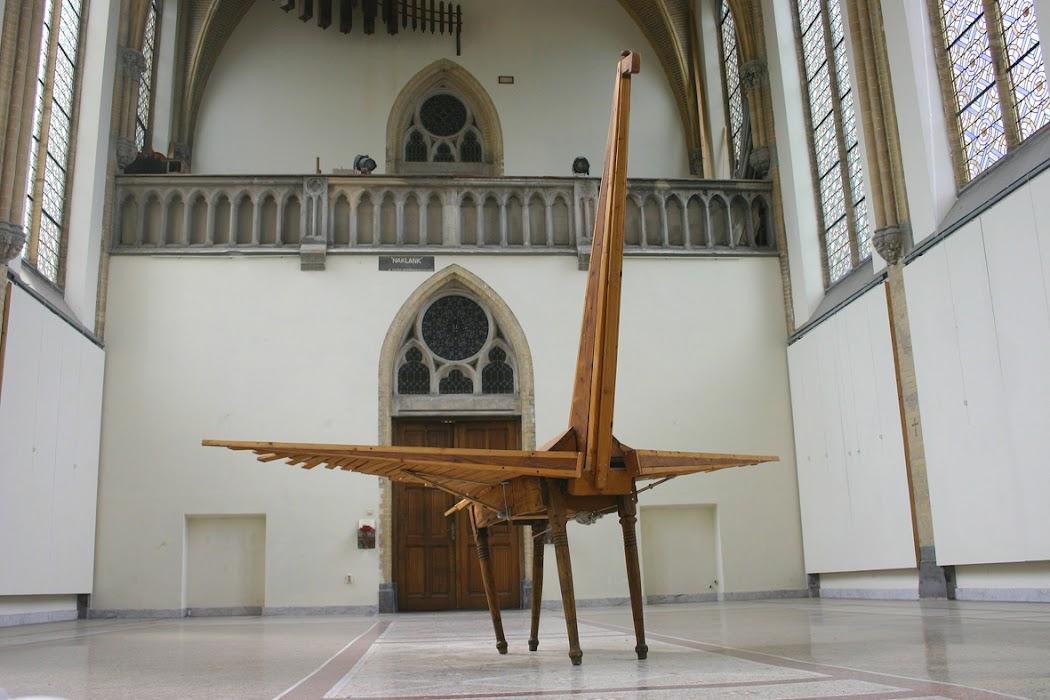 pegasus (sculpture by frank waaldijk, front, right)