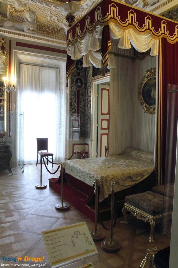 Warszawa Pałac Wilanów - sypialnia królewska