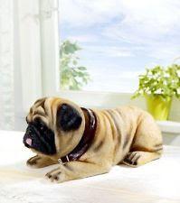 wackelhund mops wackeldackel stil auto ablage deko figur. Black Bedroom Furniture Sets. Home Design Ideas