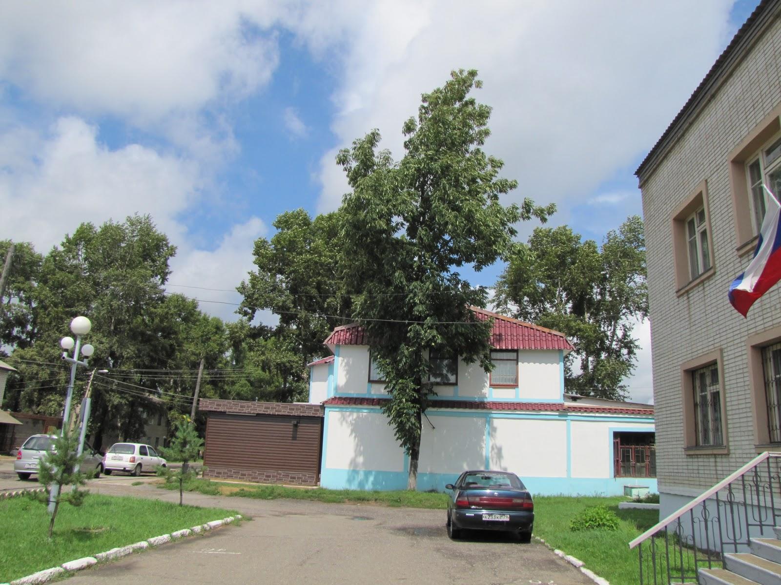Тревожный звонок поступил в пожарную часть 4 поселка николаевка смидовичского района от жительницы села ключевое в 17