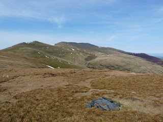 Lonscale Pike Summit looking to Skiddaw