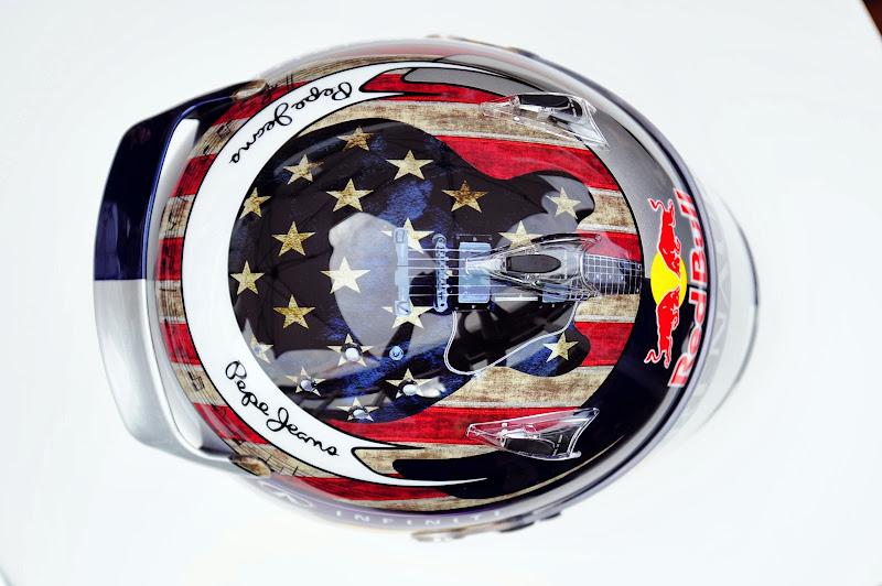 шлем Себастьяна Феттеля с гитарой специально для Гран-при США 2013