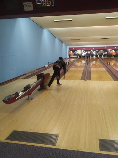 Innisfail Bowling Lanes, 5039 50 St, Innisfail, AB T4G 1S1, Canada, Bowling Alley, state Alberta
