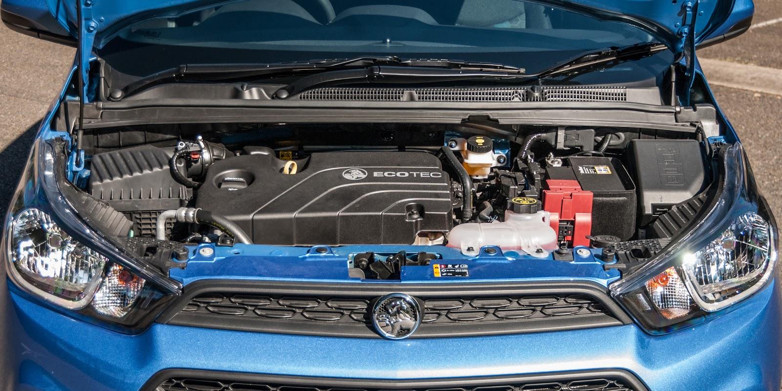 Động cơ của Holden Spark 2016 khá mạnh so với các đối thủ, công suất gần 100 mã lực
