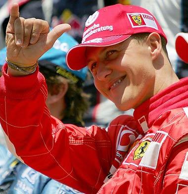 Михаэль Шумахер на фотосессии гонщиков на заключительной гонке сезона в Интерлагосе на Гран-при Бразилии 2006