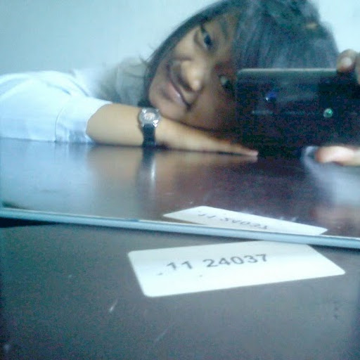Dinda adja 3 Oktober 2012 20.02